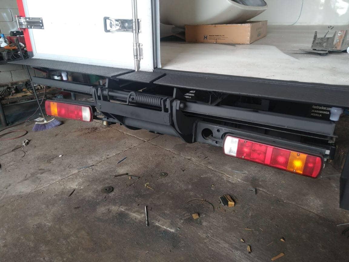 plataformas hidráulicas sobre camión
